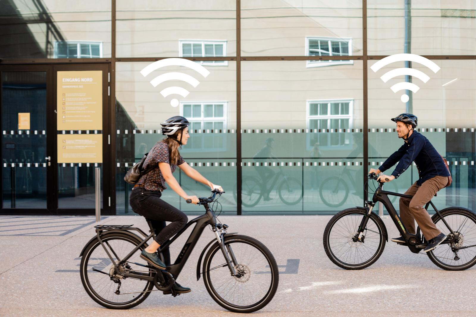 Beim GPS-Tracking erfolgt die Datenübertragung größtenteils mit Funkstandards, die über das Mobilfunknetz funktinieren (Wide Area Networks)